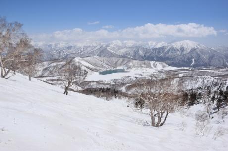 2019年4月6日三俣の定宿「弥八」に泊まり、神楽スキー場で滑る_c0242406_15405858.jpg