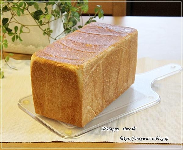 いつもの角食でミックスサンド弁当とランチ♪_f0348032_17215041.jpg