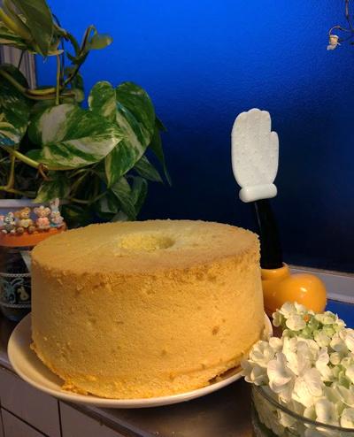 シフォンケーキのレシピを修正しておかねば_c0036138_23484201.jpg