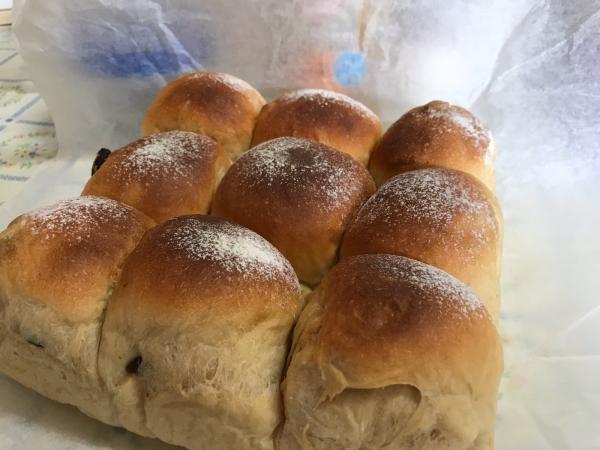草取りとパン焼き_d0322040_23123130.jpg