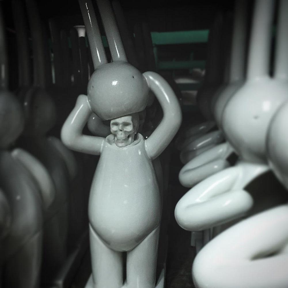 ミスター・クレメントのポーセリン彫刻の発送につきまして_a0077842_22500996.jpg