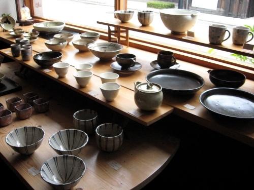 あまた展示会『木俣 薫 陶展』始まりました _b0153663_12040959.jpg