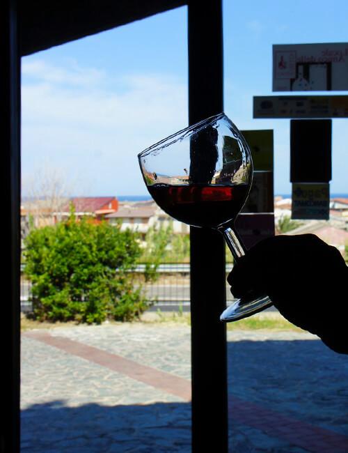 チロ・マリーナ  カラブリアワインの雄 リブランディへ_f0205783_22330349.jpg