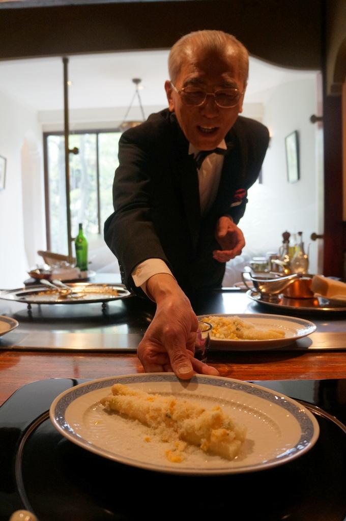 日本で最高の一つに間違いない、八王子うかい亭 4/12_c0180686_11063329.jpg