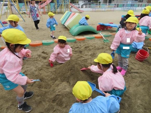 たのしい幼稚園_c0352707_18252542.jpg