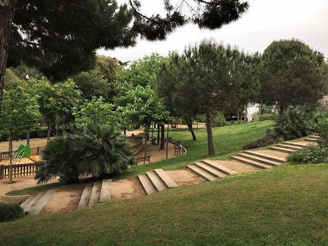 セルバンテス公園から続く遊歩道_b0064411_01250400.jpg