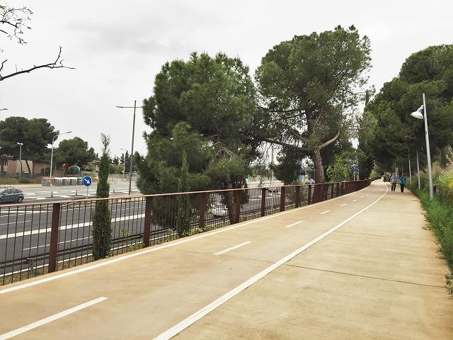 セルバンテス公園から続く遊歩道_b0064411_01271858.jpg