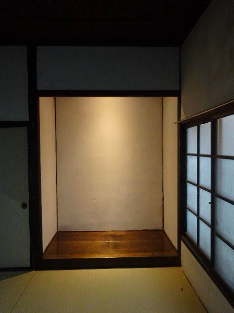 加賀野 古家改修工事 もうすぐ工事が完了です。_f0105112_04104169.jpg