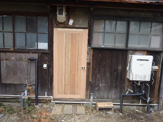 加賀野 古家改修工事 もうすぐ工事が完了です。_f0105112_04181377.jpg