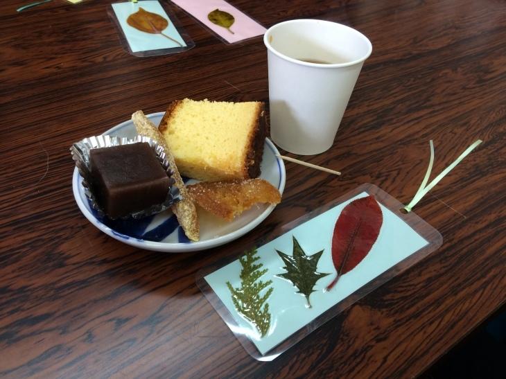 またまた「自然観察&春の山菜を食す会」_e0036217_15320444.jpg