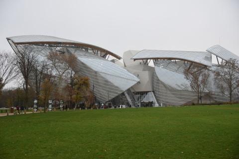 <パリ探訪> フランク・ゲーリー「ルイ・ヴィトン美術館」(1) Paris, Frank Gehry, Fondation Louis Vuitton_a0147436_15562184.jpg
