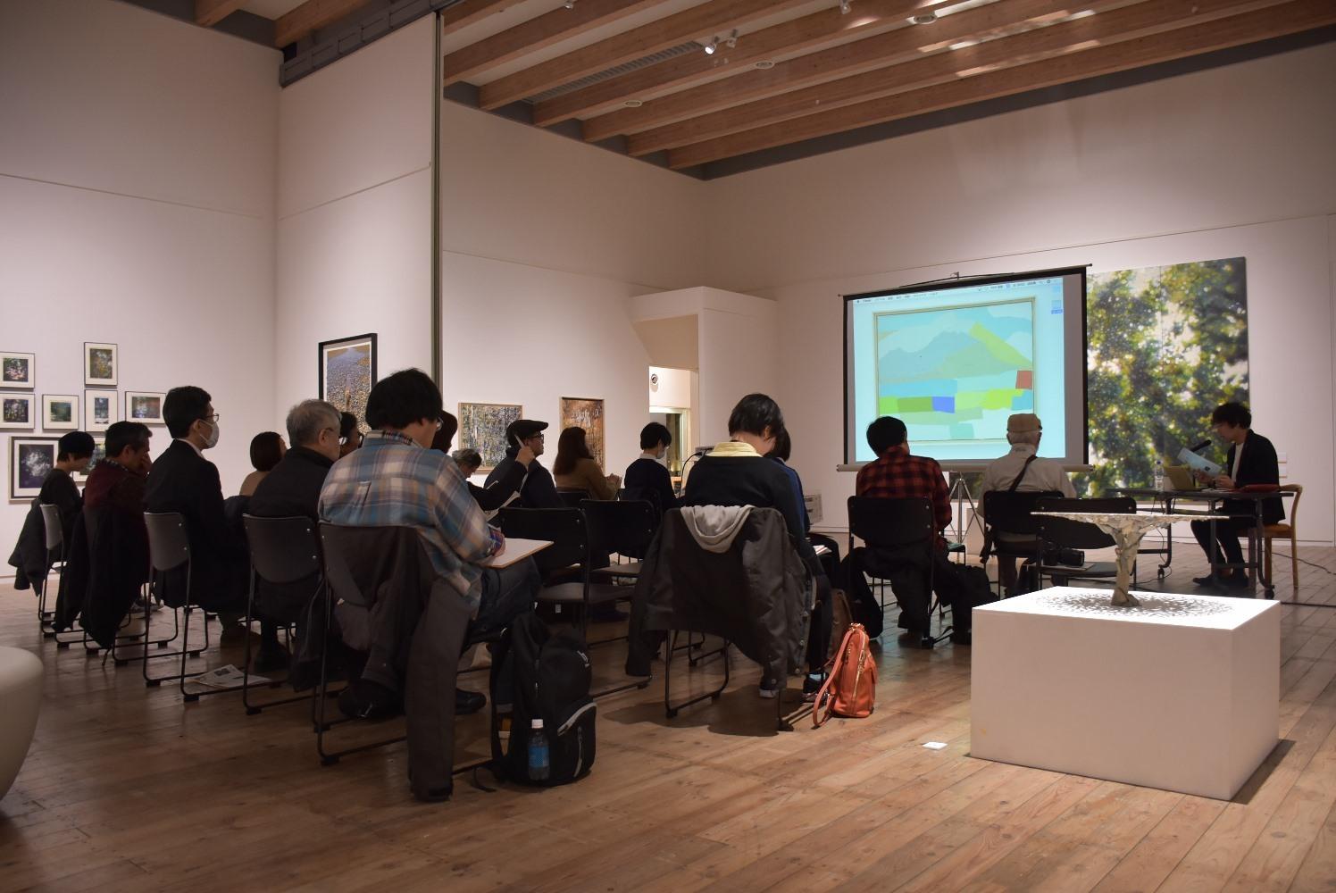 やさしい鑑賞講座「絵画の現在(いま)を楽しむ」を開催しました。_c0222139_10025679.jpg