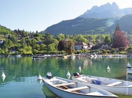 セザンヌを訪ねて 8  番外編 「アヌシー湖」 (ドイツ・ニュース・ダイジェスト 4月のコラムから)_a0280569_0272897.jpg