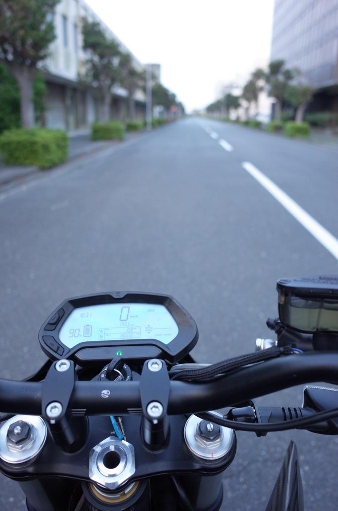 電動バイクに乗ってきた_d0389370_01000131.jpg