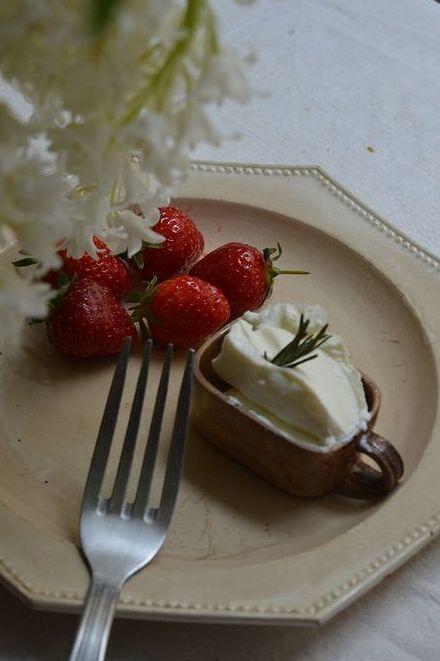 春のプロヴァンスの食卓_b0346275_02593608.jpg