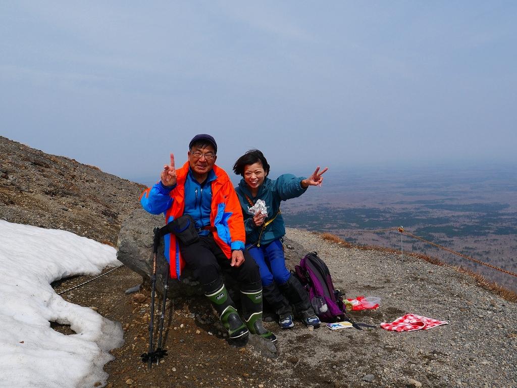 樽前山、2019.4.24_f0138096_16350829.jpg