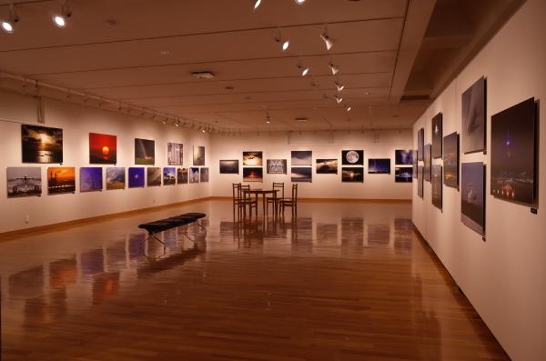 東川町文化ギャラリーで開催中の写真展 ルーク・オザワ写真展_b0187229_21474768.jpg