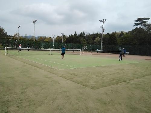 今年もテニス合宿へ_f0395164_08554138.jpg