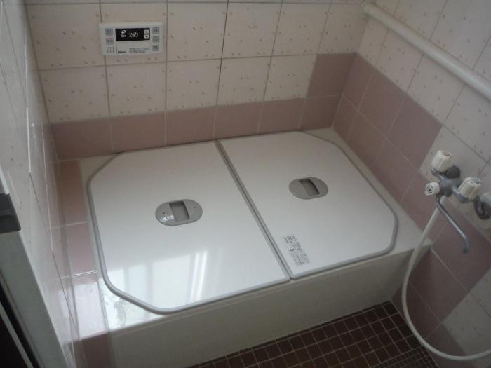 タイル張り浴室の浴槽入れ替え ~ タイル張り_d0165368_04081315.jpg