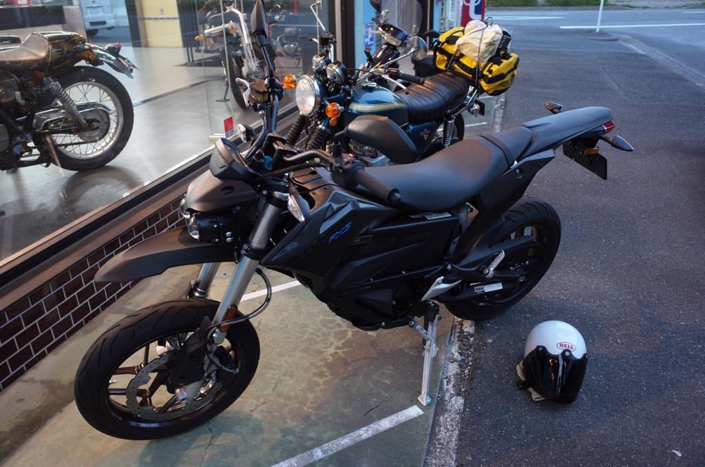 電動バイクに乗ってきた_d0389370_00165494.jpg