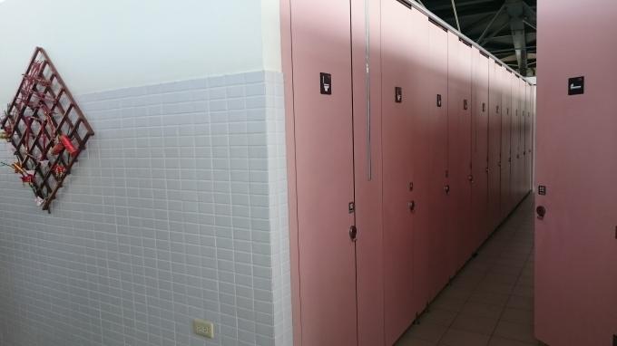 台湾のトイレ_c0325278_10155251.jpg