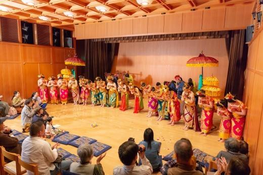 バリ舞踊&ガムランの発表会をしました_e0017689_17122983.jpg