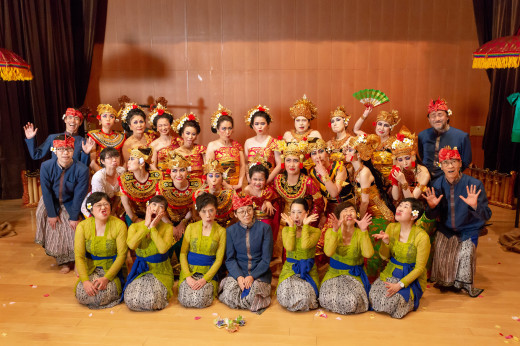 バリ舞踊&ガムランの発表会をしました_e0017689_17141369.jpg