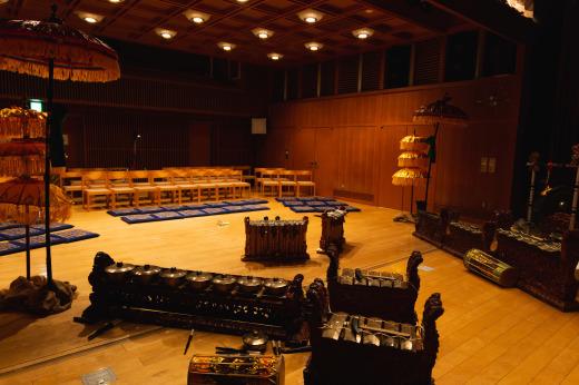 バリ舞踊&ガムランの発表会をしました_e0017689_17360900.jpg