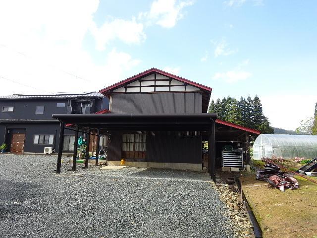 農家の納屋 屋根などの修繕工事 続き_f0105112_03585146.jpg