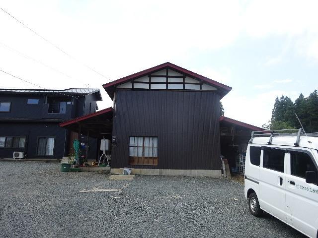 農家の納屋 屋根などの修繕工事 続き_f0105112_03585196.jpg