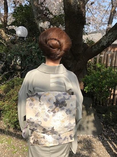 北野をどり最終・螺鈿兎帯・桜の簪・連休の営業。_f0181251_17262861.jpg