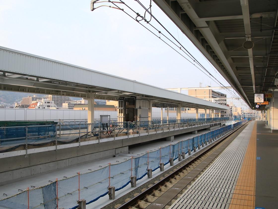 阪神青木駅にて!_d0202264_421279.jpg