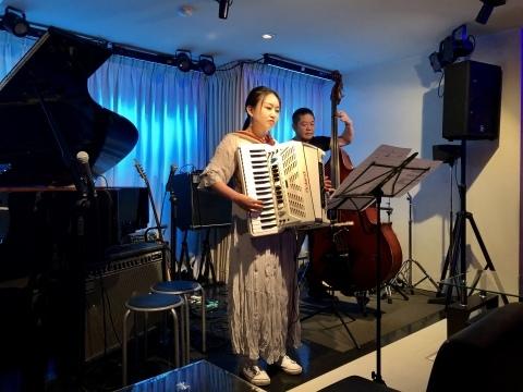 広島 Jazzlive comin 本日4月27日のジャズライブ_b0115606_11534363.jpeg