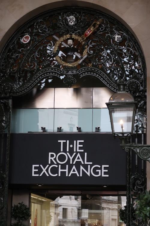 ロンドン王立取引所の今が素敵!_f0380234_02433582.jpg