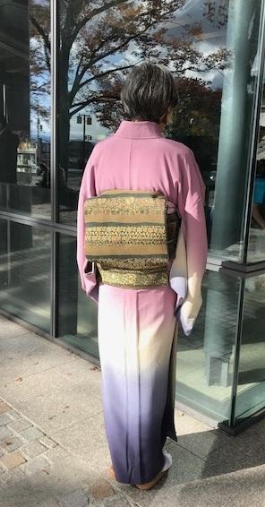 お茄子の八掛の暈しの着物のお客様・堀内周さん訃報。_f0181251_14394766.jpg