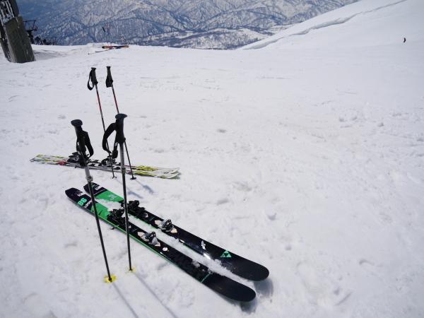 月山でスキー!_a0351368_20561368.jpg