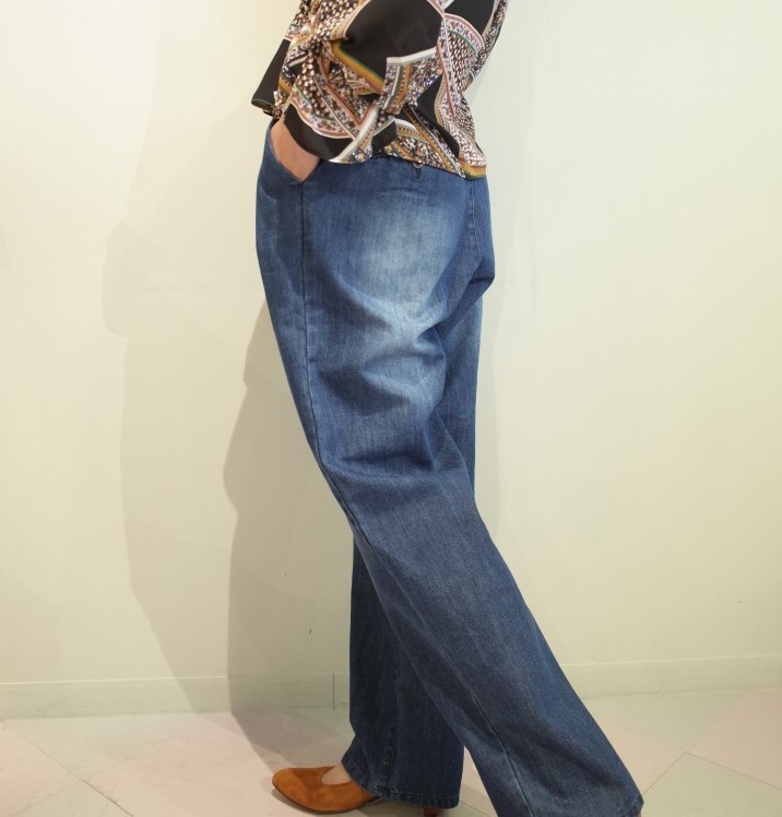 QUINOA BOUTIQUE◇Button tuck Denim Pants◇_e0269968_17502489.jpg