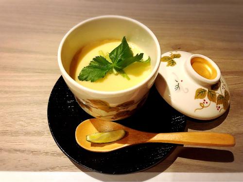 銀座 水炊き 笹二_e0292546_06465582.jpg