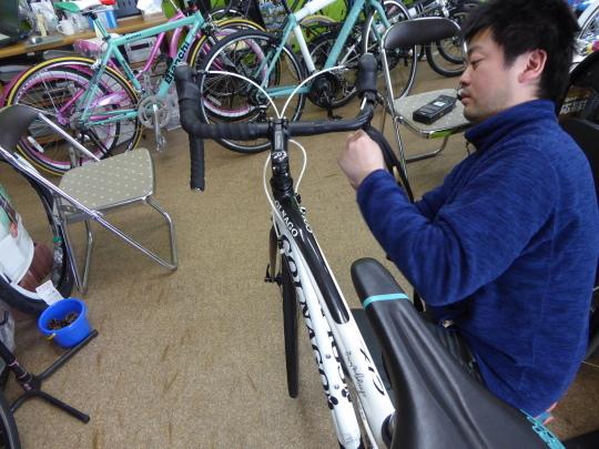 ロードバイク バーテープの取り付け_e0140354_17214229.jpg