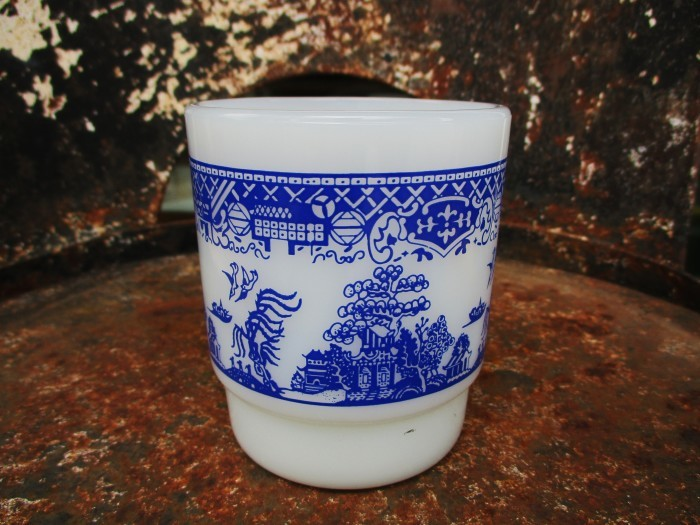 70\'s Fire King Blue Willow Mug_e0187362_15140134.jpg