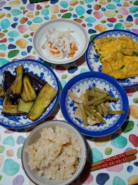 玄米食べてるよ!_c0162773_09301511.jpg