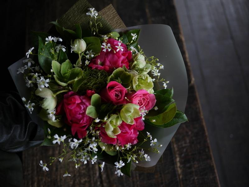 産休に入られる奥様へ花束。「シャクヤクを使って」。2019/04/26。_b0171193_19360212.jpg