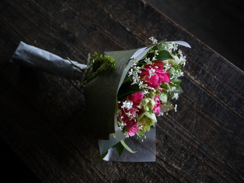 産休に入られる奥様へ花束。「シャクヤクを使って」。2019/04/26。_b0171193_19363133.jpg