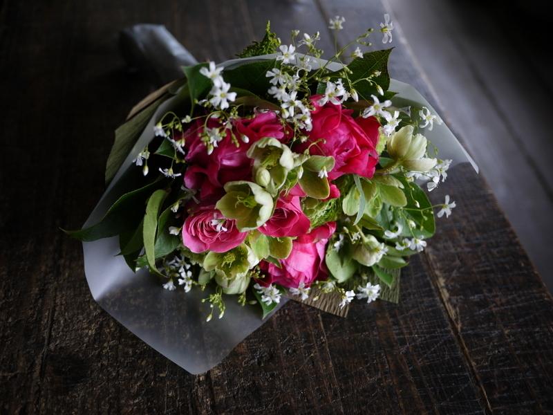 産休に入られる奥様へ花束。「シャクヤクを使って」。2019/04/26。_b0171193_19363337.jpg