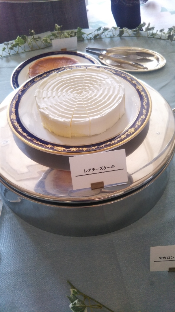 開業25周年記念&ゴールデンウイーク企画 スイーツビュッフェシリーズ 第1弾 Milk&Cheese リーガロイヤルホテル東京牧場OPEN!_f0076001_21354118.jpg