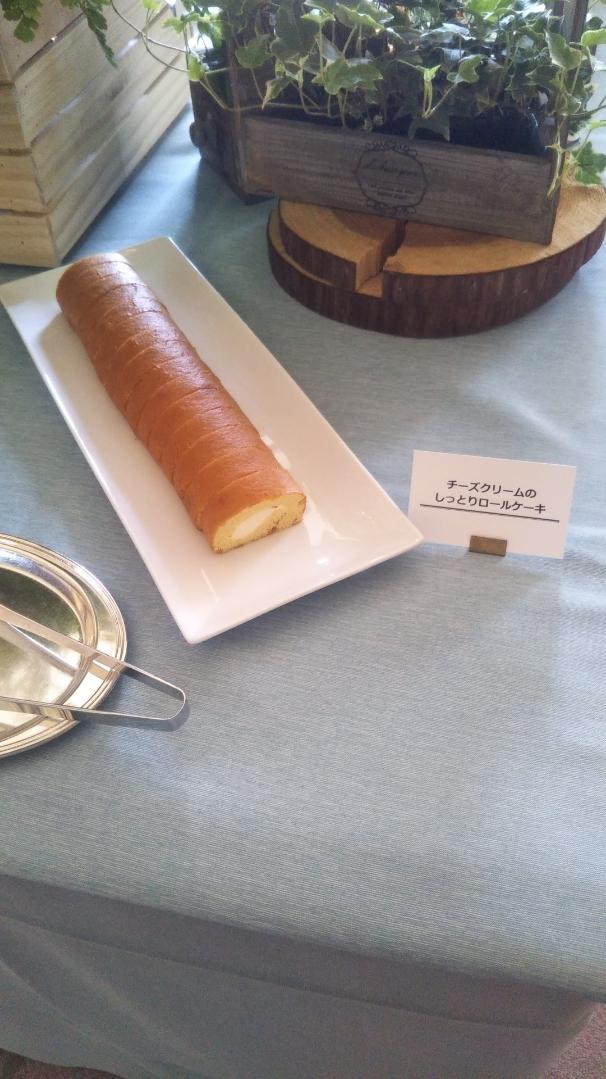 開業25周年記念&ゴールデンウイーク企画 スイーツビュッフェシリーズ 第1弾 Milk&Cheese リーガロイヤルホテル東京牧場OPEN!_f0076001_21364869.jpg