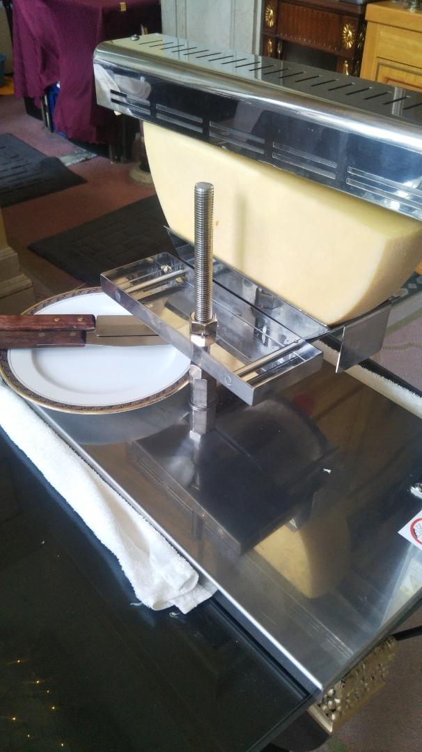 開業25周年記念&ゴールデンウイーク企画 スイーツビュッフェシリーズ 第1弾 Milk&Cheese リーガロイヤルホテル東京牧場OPEN!_f0076001_21400144.jpg