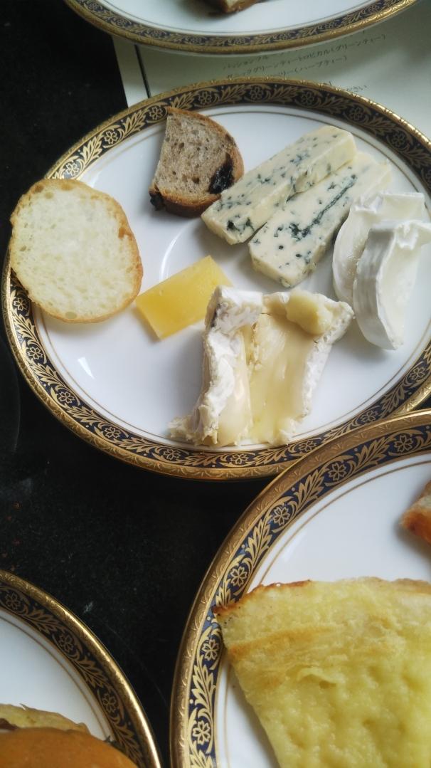 開業25周年記念&ゴールデンウイーク企画 スイーツビュッフェシリーズ 第1弾 Milk&Cheese リーガロイヤルホテル東京牧場OPEN!_f0076001_21424837.jpg