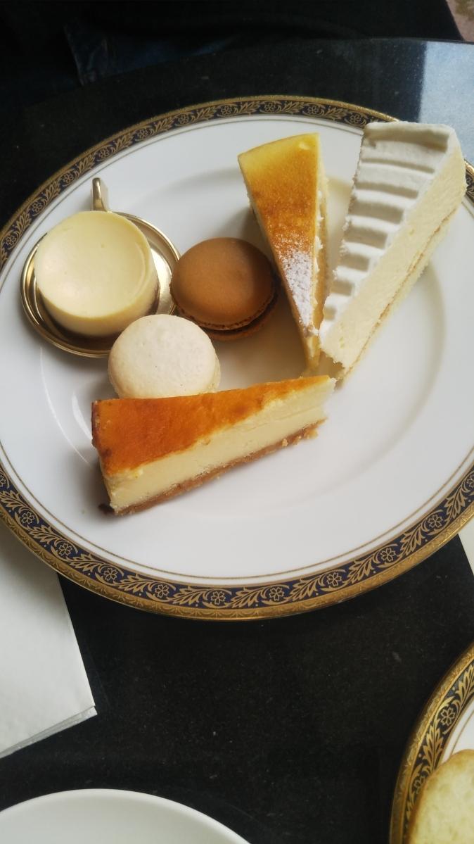 開業25周年記念&ゴールデンウイーク企画 スイーツビュッフェシリーズ 第1弾 Milk&Cheese リーガロイヤルホテル東京牧場OPEN!_f0076001_21433400.jpg