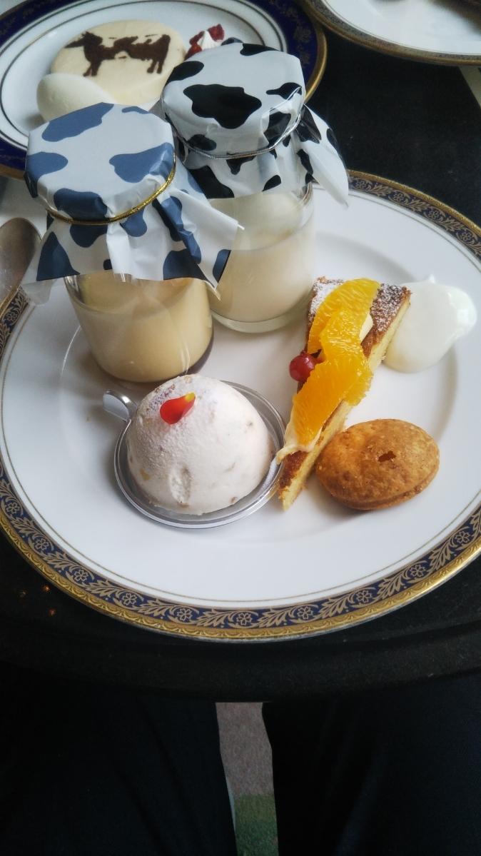 開業25周年記念&ゴールデンウイーク企画 スイーツビュッフェシリーズ 第1弾 Milk&Cheese リーガロイヤルホテル東京牧場OPEN!_f0076001_21452884.jpg
